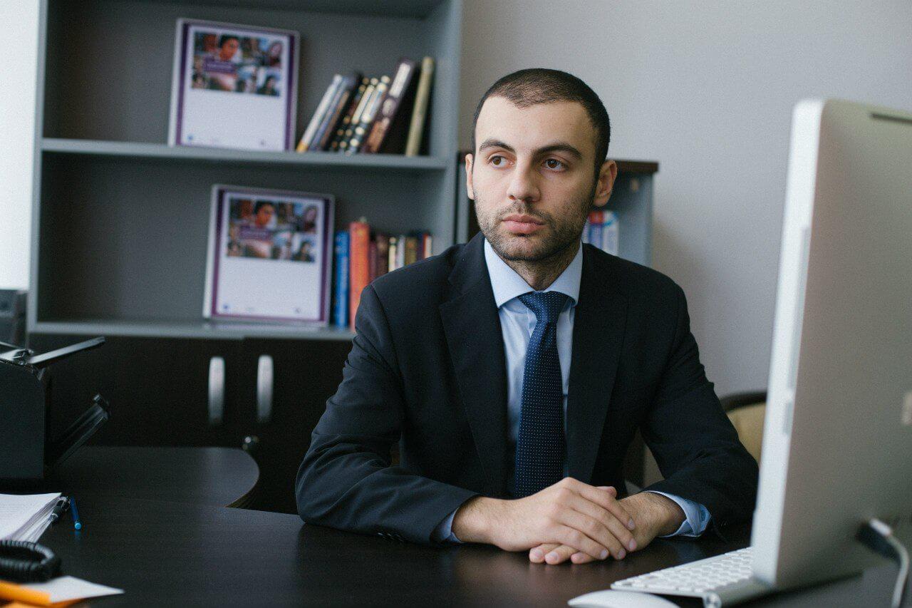 Григорий Аветов